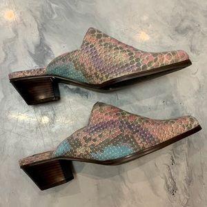 Vintage Shoes - VTG 1990's Snakeskin Mules